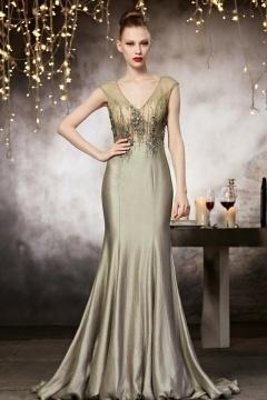 Robe soirée haute couture en taffetasà col en V