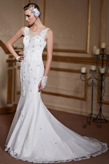 Elegant Fishtail Sleeveless Apliques Ivory Lace Wedding Gown