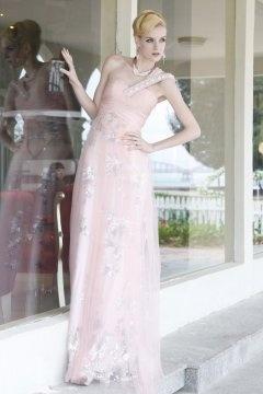 Robe de bal/de soirée rose longue moulante ornée de strass à seule épaule