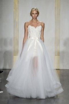 Lace Embroidery Strapless Bow Sheer Tiers Tulle train Wedding Dress