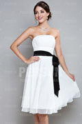 A line Strapless Knee Length Chiffon Homecoming Dress