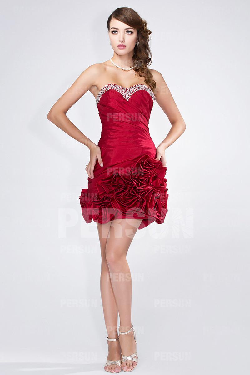 Bijoux pour robe bustier rouge
