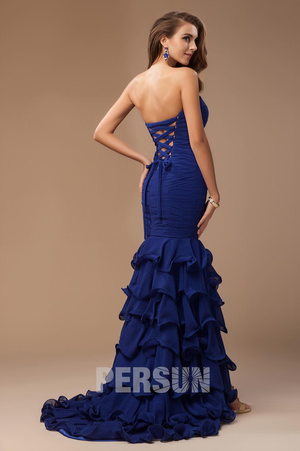 robe sirène pour marquer la silhouette étincelante