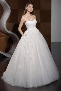 A line Strapless Sweetheart High Waist Applique Wedding Dress