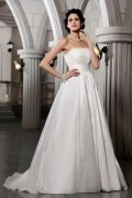 A line Strapless Beaded Lace Sweep Train Vintage Wedding Dress