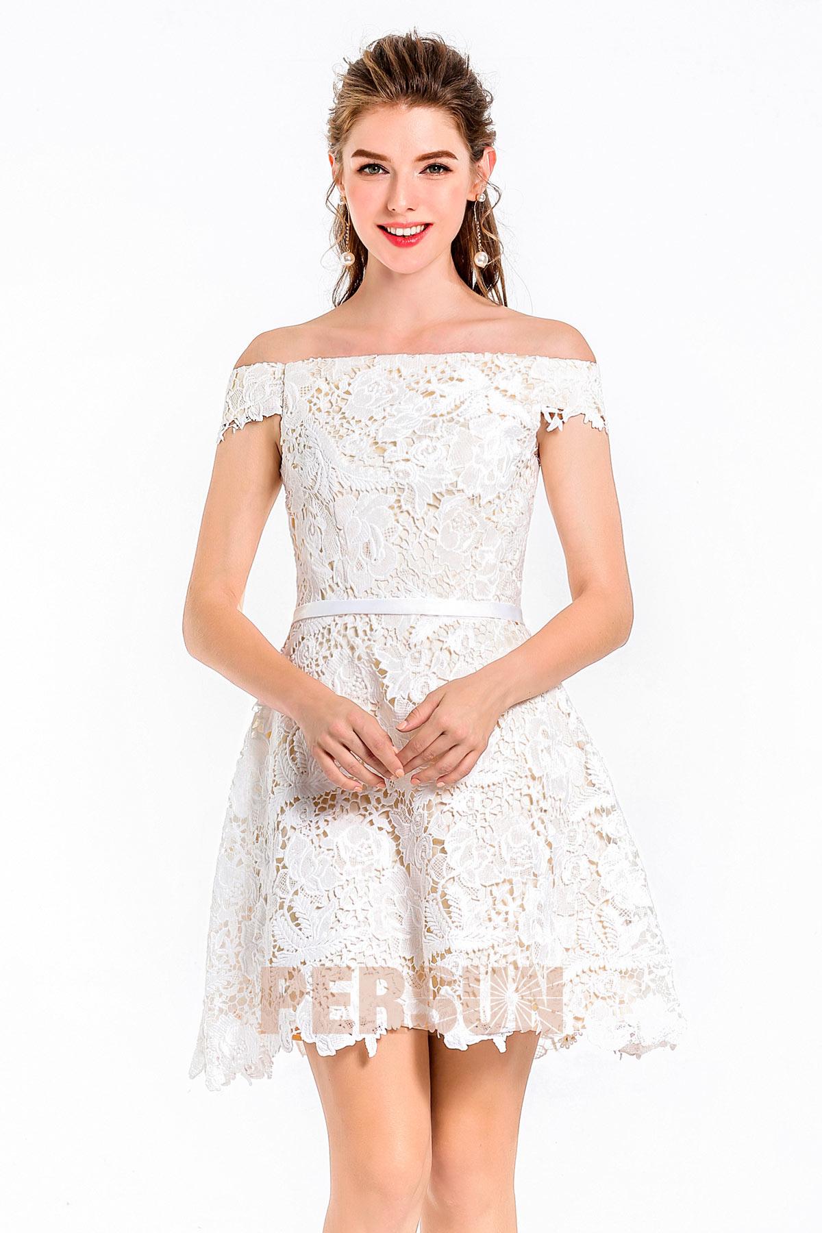 A-linie Carmen-Ausschnitt spitze weißes Abendkleid