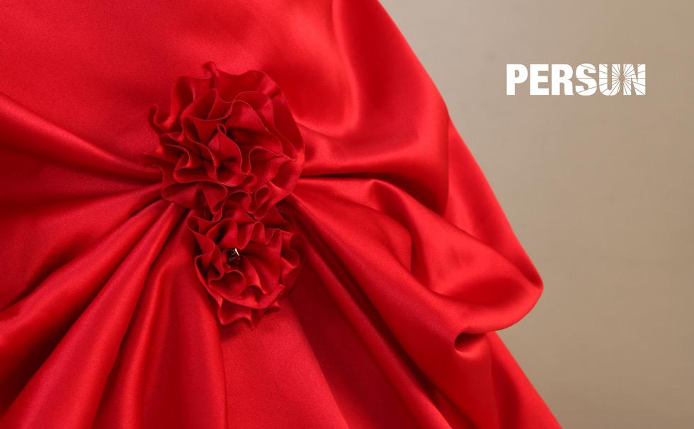 jupe agrémentée de fleurs en satin ornée de rhinestone