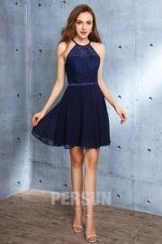 Modisches kurzes mitternachtsblaues Kleid des durchbrochenen Oberteil