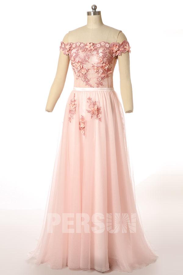 Robe rose de gala longue en borderie florale & col dégagé