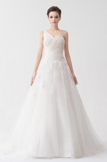 Simple One Shoulder Beading Applique Long Organza Wedding Dress