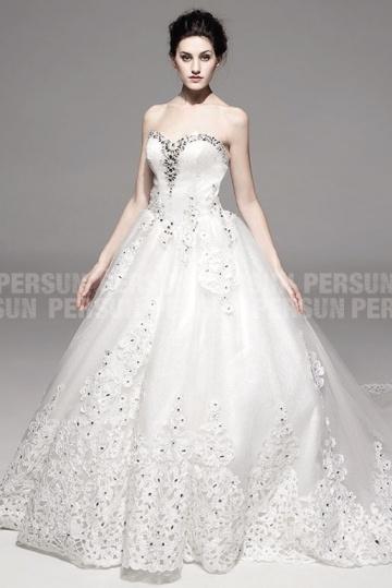 Herz Ausschnitt Kathedrale Schleppe bodenlanges Hochzeitskleid mit Perlen Persun