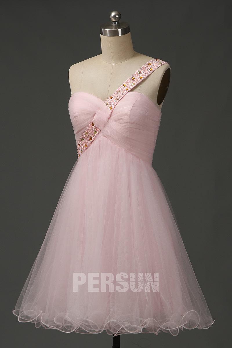 Robe au genou rose pâle asymétrique empire à bretelle strassée