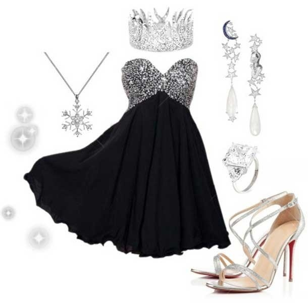Robe de bal noire courte empire bustier coeur orné de strass