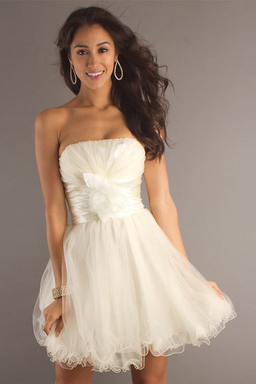 Ruched Strapless A line Tulle Cocktail Dress
