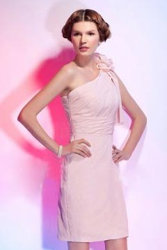 Chic Flower One Shoulder Sheath Ruching Chiffon Short Pink Bridesmaid Dress