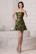 Schulterfreies A-Linie gefaltetes Kurz Cocktailkleid aus Taft