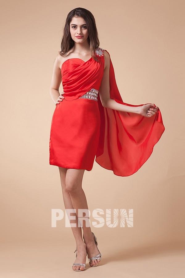 petite robe rouge asym trique dos d coupe avec voilage. Black Bedroom Furniture Sets. Home Design Ideas