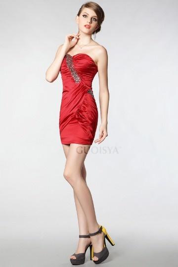 Mini Vestido cocktail pregueado decorado de strass em cetim suave vermelho