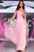 Robe rose chic ornée de fleurs et rhinestones ruchée tencel