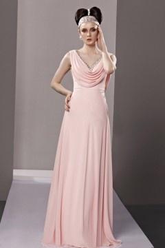 Robe rose poudré mariage longue décolleté en V orné de strass