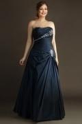 Robe de gala bleu nuit grande taille bustier droit en taffetas