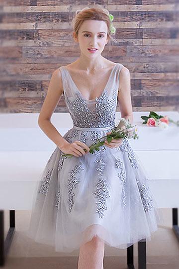 2017 Chic  V-Ausschnitt A-Linie Rückenfrei Abendkleid aus Tüll Persun