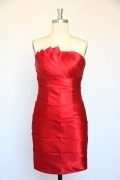 Sexy Pleated Strapless Short Wedding Party Dress in Red Satin