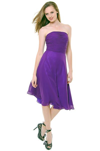 Robe de cocktail bustier pliss e en mousseline for Robes violettes plus la taille pour les mariages