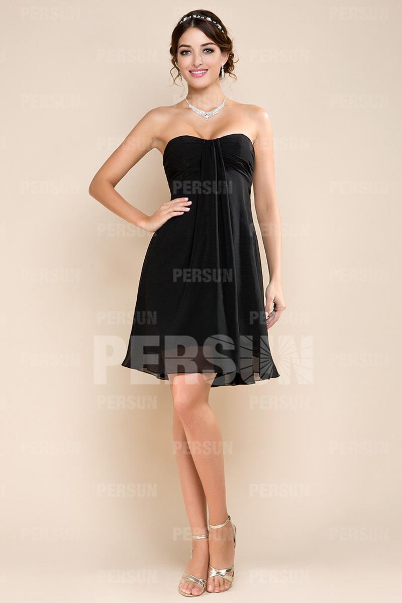 Petite robe rouge bustier simple pour cortège mariage