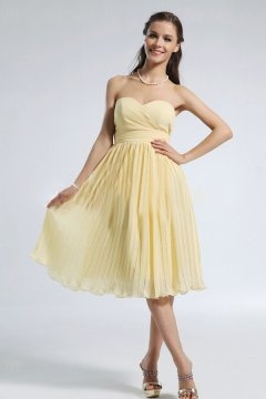 Chiffon Pleated Sweetheart Knee Length A line Bridesmaid Dress
