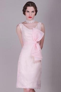 Robe rose courte fourreau vintage à grand nœud papillon