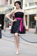 Black Boatneck Lace Applique Beading Satin Short Bridesmaid Dress