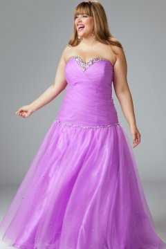 Strapless Sweetheart Lace Up Tulle Plus Size Graduation Dress