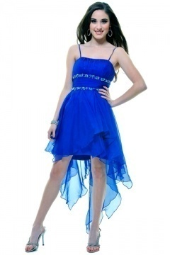 Blaues cocktail kleid