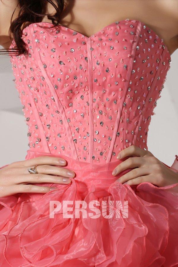 Robe bal bustier cœur ornée de strass extravagante courte devant longue derrière