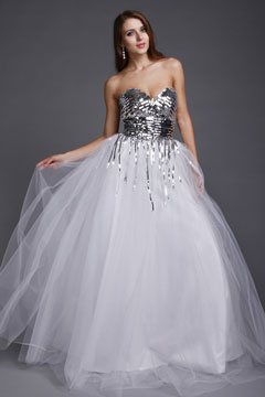 Sweetheart Strapless Sequins Tassel Tulle White Long Prom Dress
