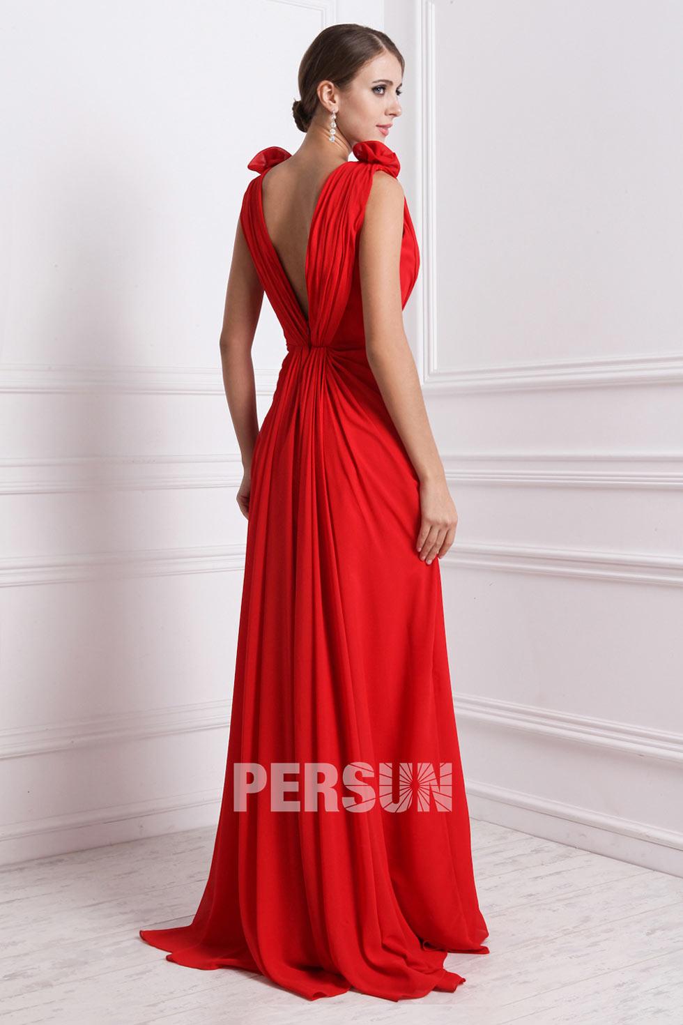 robe soir e rouge tr s d collet e avec fleurs fait main. Black Bedroom Furniture Sets. Home Design Ideas