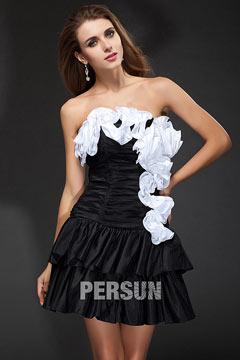 Robe noire et blanche chic bustier pour cocktail bustier ruché ornée de plissage