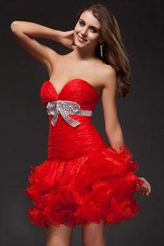 Vestido vermelho curto cocktail sensual decote em V decorado de gravata borboleta
