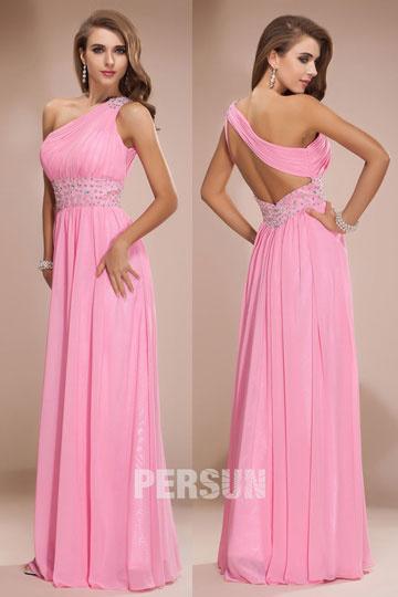 Vestido Chiffon rosa decote assimétrico Império decorado de jóias