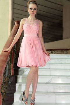 Stockton on Tees Beautiful Pink Flowers Homecoming dress