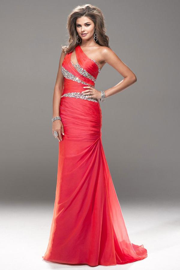 boutique robe rouge habillée pas cher épaule asymétrique