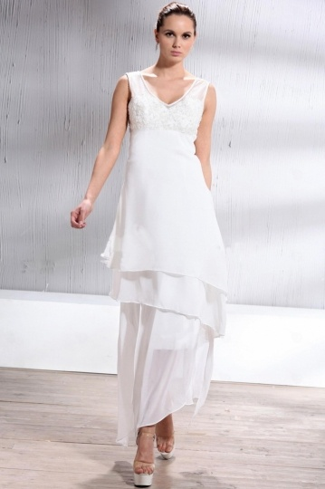 Sheath / Column V neck Asymmetry Beach Wedding Dress
