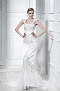 Trumpet / Mermaid Strapless Sleeveless Embroidering Wedding Dress