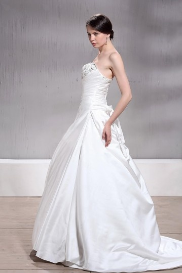 A Line / Princess Sweetheart Chapel Beaded Plus Size Wedding Dress