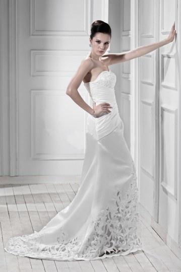 Elegantes Herz-Ausschnitt Empire Pinsel-Schleppe Schnürung Brautkleid Persun