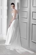 A Linie Ärmellos Empire Perlen verziertes Hochzeitskleid aus Chiffon