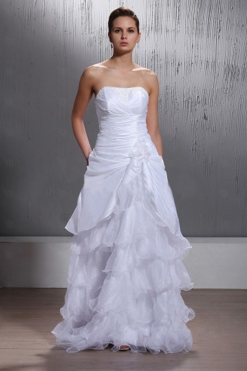 A Line / Princess Sweetheart Chapel Ruffling &Beaded Wedding Dress