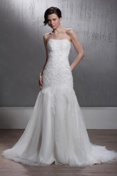 Robe de mariée vintage Fourreau / Colonne sans bretelle