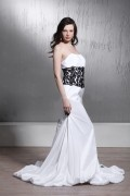 Mermaid Strapless Floor length Chapel Black Applique Wedding Dress
